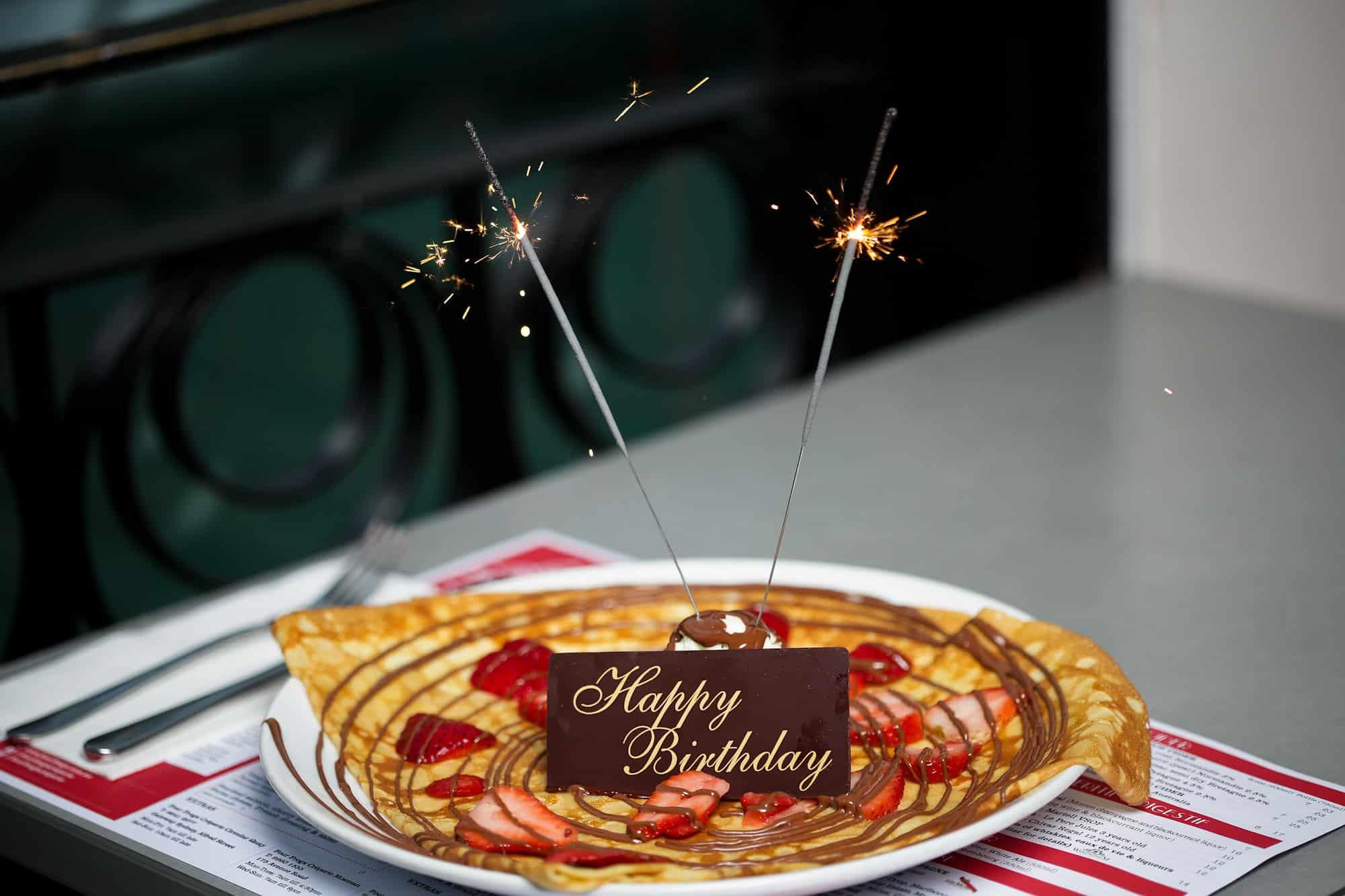 Happy birthday crepe
